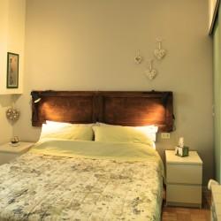Un'altra soluzione a disposizione dei nostri clienti èun mini appartamento di circa 50 metri quadrati del centro storico, a 100 metri dal B&B Casa di Giorgio. Questa soluzione è ideale...